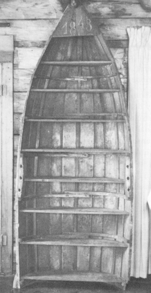 The bookcase boat, a very early example of a guideboat.